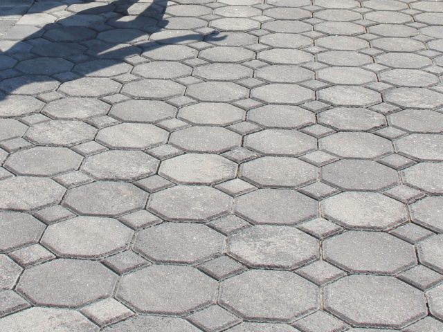 Concrete_Pavers_Interlocking_Installation08